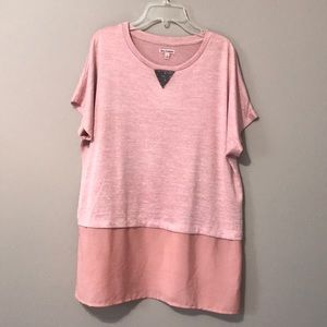 Woman's short sleeve large top. Juicy Couture